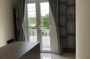 Bán gấp 2 căn nhà 1 lầu, view sông, bao mát, bao đẹp trung tâm tp Trà Vinh