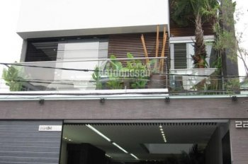 Cho thuê nhà Trần Cung, Nghĩa Tân, Cầu Giấy, 100m2 x 3 tầng, giá 16tr/th, ngõ ô tô tránh nhau