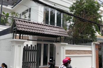 Cho thuê biệt thự mặt tiền Trần Quốc Thảo gần góc Võ Văn Tần, P7, Q3 (14x26m). Hàng khan hiếm