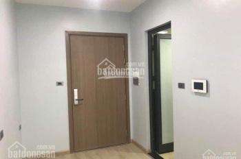Cần tiền bán căn hộ chung cư Vinhomes Green Bay, 2 phòng ngủ, 62m2, giá 2.1 tỷ. Nội thất cơ bản
