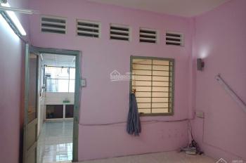 Cho thuê nhà lầu 3 Mạc Thị Bưởi, P. Bến Nghé, Q1, 12 tr/tháng. LH: 0902530055