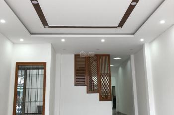 Bán nhà 3 tầng mặt tiền đường Trần Cao Vân gần đường Hà Huy Tập thông ra bãi tắm Hà Khê