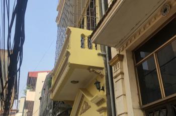 Chính chủ bán gấp nhà 3 tầng, DT 35m2, 3 mặt thoáng, giá chỉ 2 tỷ 2, LH 0913365254