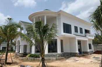 Condotel Hồ Tràm 44m2 , Full nội thất cao cấp 2,2 tỷ mua 1 căn , có HD thuê 10 năm