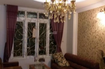 Cho thuê nhà 1 hầm 1 trệt 2 lầu 1 sân thượng có nội thất tại đường D6, phường Bình Thuận, Q7