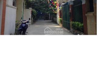 Cho thuê nhà BT ở Trần Cung 110m2 x 2,5 tầng ở và làm VP, trung tâm dạy tiếng