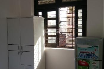 Cho thuê phòng full nội thất tại 13 Trương Hán Siêu, P. Đa Kao, Q. 1