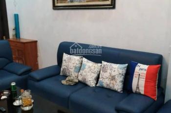 Cho thuê nhà riêng full đồ Bồ Đề, Long Biên, 40m2*3T, giá 12tr/th. Liên hệ: 0967406810