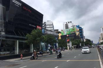 Chính chủ cần bán nhà mặt tiền Quốc Hương, P Thảo Điền, Q2, DT: 10x27m, giá: 46 tỷ TL A Sơn
