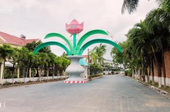 Nhà đẹp khu biệt thự Hoa Lan, P8, TP Vĩnh Long, cách ngã tư bến xe mới 100m. LH 0919970875