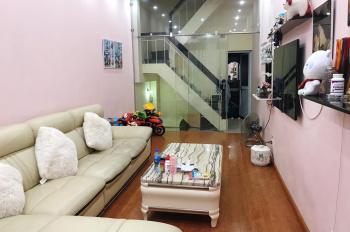Cần bán nhà chính chủ số 19 ngõ 133 Tân Ấp, Ba Đình, Hà Nội, nhà 2 mặt ngõ, 3,5 tầng x 30m2