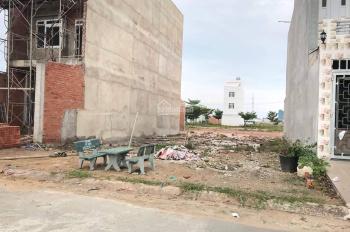 Bán đất Bưng Ông Thoàn, Q, LK KDC Samsung Village giá chỉ 1.150 tỷ/90m2, dân cư đông tiện KD