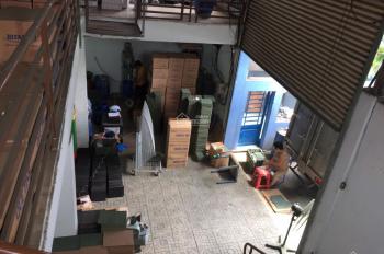 Cho thuê nhà xưởng 400m2 ngay thị trấn Hóc Môn xe tải vào tận nhà, giá 16tr/tháng
