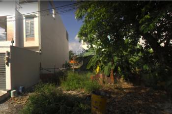 Chính chủ bán gấp lô đất gần chợ Phước Bình, đường số 10, Quận 9, sổ hồng riêng. LH: 0943664619