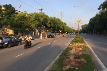 Cần tiền bán gấp căn mặt phố Hùng Vương có hợp đồng thuê