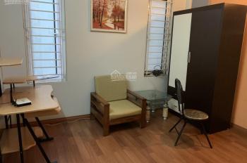 Cho thuê nhà ở Đào Tấn làm homestay DT 72m2 x 5T, MT: 4m full nội thất, 35tr/th. LH 0903215466
