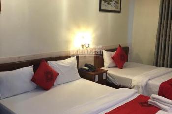 cho thuê khách sạn Cách Mạng Tháng Tám Q3 hầm trệt 5 lầu 38 phòng full nt dthu 400tr giá chỉ 200tr