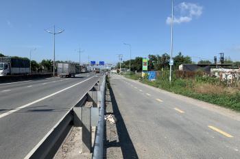 Trí BĐS 3.850m2 đất mặt tiền đường dẫn cao tốc Võ Trần Chí, gần Hồ Văn Long