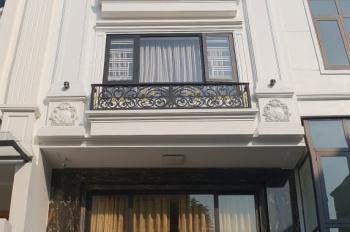 Chính chủ cần bán nhà liền kề đẹp lô TT2 khu biệt thự Minh Tâm, Long Biên HN. LH: 0868929989