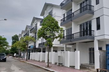 Bán nhanh nhà PG An Đồng, vị trí vip, rẻ hơn thị trường 100 triệu. LH: 0906059569