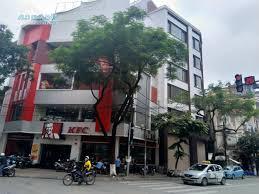 Cho thuê nhà mặt đường Nguyễn Tuân, Thanh Xuân, 350m2 x 3 tầng, MT 30m làm cafe, nhà hàng, showroom