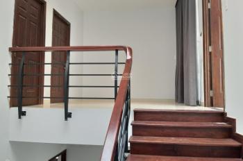 Bán nhà MT đường Số 43 Thảo Điền, Quận 2, DT: 10x20m 3 tầng giá 30tỷ, lướt lời 15%. LH: 0906888176