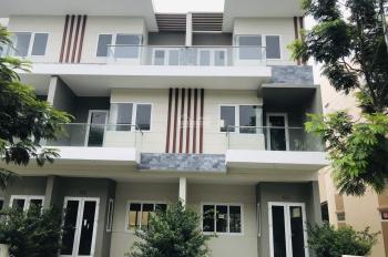 Tôi cần bán gấp nhà phố Rio Vista, dãy nhà mặt sông, ven sông, P. Phước Long B, Q9; 0902786079