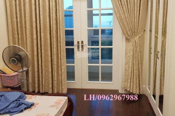 Tôi bán gấp CH 192m2 cực mới, rẻ nhất The Manor, lô góc view quảng trường tuyệt đẹp, giá chỉ 7.8 tỷ