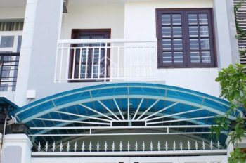 Cho thuê nhà mặt phố đường 34B, P. An Phú: 4x20m, 3 lầu, 4PN, giá 26 tr/th. Tín 0983960579