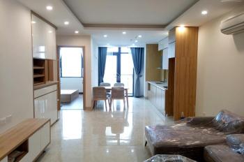 Chính chủ cho thuê gấp căn hộ Hoàng Cầu Skyline, 90m2, 2PN, 15 tr/tháng, đồ cơ bản. LH: 0941882696