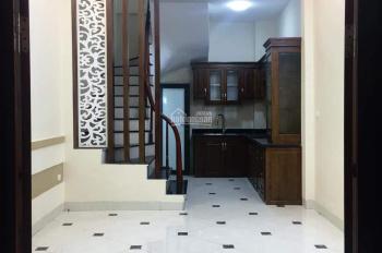 Nhà riêng ngõ Hòa Bình 7, Minh Khai, HBT, DT 32m2, 5 tầng, giá 3.05 tỷ, 0913571773