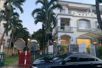 Bán biệt thự góc Hưng Thái, Phú Mỹ Hưng, Q7, DT 162m2 giá chỉ có 24.5 tỷ TL. LH: 0938602838 Nhân