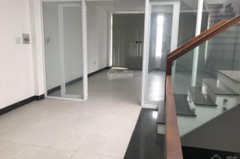Cho thuê 2 lầu văn phòng mặt tiền đường Lê Thị Riêng, gần Ủy ban quận 12 (5x16m)
