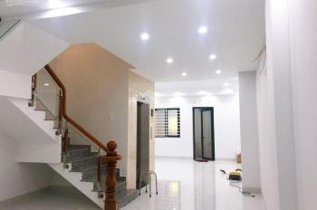 Cần cho thuê phòng có WC riêng + máy lạnh + thang máy chỉ 4.5tr/th trong KĐT Vạn Phúc, QL13