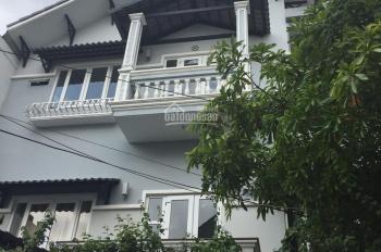 Cho thuê mặt bằng mặt tiền Quốc Hương, Phường Thảo Điền, Quận 2. Diện tích: 10x20m giá: 92 triệu
