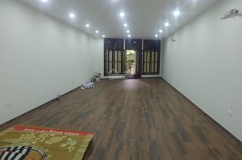 Cho thuê nhà mặt phố Hàng Bún. Diện tích 80m2 x 7 tầng. Mặt tiền 4,5m. Nhà mới có thang máy