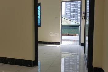 Bán nhà xây mới 5T*35m2 mặt ngõ phố Giáp Nhị, ngõ thông, 2 mặt thoáng, giá 2.4 tỷ, 0917 48 36 36