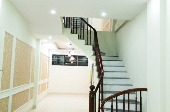 Nhà 35m2 X4T x3PN  xây mới ngay bến xe Yên Nghĩa giá : 1,5 tỷ lh 0967.83.196