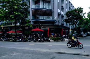 Cho thuê căn góc mặt tiền Nguyễn Thị Nhung rất rộng 17x20m Vạn Phúc Thủ Đức, chỉ 100 triệu/th