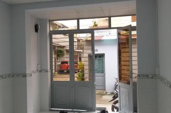 Cho thuê nhà 12tr/tháng 1 trệt 1 lầu hẻm xe hơi Ngô Tất Tố (Giáp Q1), Bình Thạnh