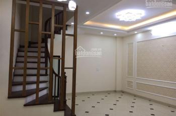Cho thuê nhà tại Láng Hạ, DT: 96m2 x 4T, MT: 4.8m. Giá chỉ: 36tr/th, LH: 0339529298