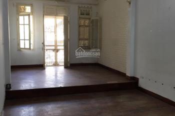 Cho thuê nhà MP Hào Nam 70m2 x 3.5 tầng, MT 4m, vỉa hè rộng, giá 45 triệu/th, tiện KD đa ngành