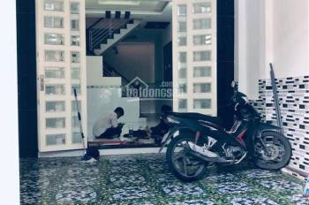 Bán nhà sổ đỏ, Đông Hưng Thuận 06, tiện kinh doanh, hẻm thông xe hơi qua lại, LH: 0933.893.458