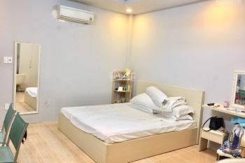 Cho thuê phòng trọ đầy đủ tiện nghi, có nhà xe ngay trung tâm Q1. LH 0902550023