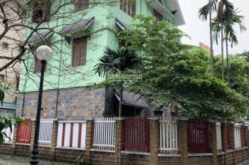 Cho thuê Biệt Thự Mễ Trì Thượng, 120m2*3,5 tầng, có sân để xe, giá 25 triệu