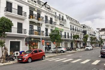 Nhà phố thương mại duy nhất tại trung tâm tp Đồng Hới, mặt tiền Sông Nhật Lệ. Liên hệ: 0901406696