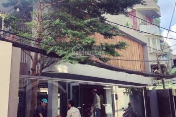 Cho thuê nhà đường Lê Thánh Tôn, sát chợ Bến Thành Quận 1, DT: 5.5x8, trệt, 3 lầu, nhà mới đẹp, 60