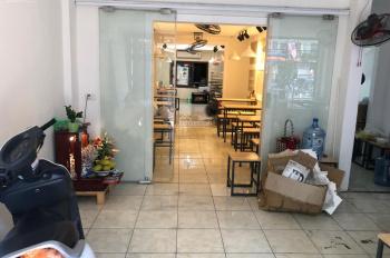 Cho thuê nhà trong ngõ 11 Ngọc Khánh ngõ to ô tô con vào được, DT 100m2, 5.5m, 15tr. LH 0974739378
