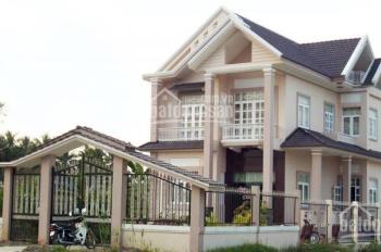 Chính chủ bán mảnh đất 180m2 sát khu công nghệ cao Hòa Lạc, giá 10tr/m2, Sổ đỏ chính chủ 100%