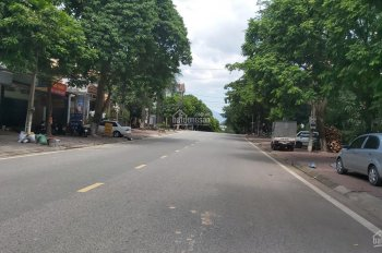 Bán nhà mặt phố Chùa Hà - TP Vĩnh Yên - Vĩnh Phúc, đường to, vỉa hè rộng, DT 114m2. Mặt tiền 5,8m
